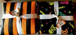 "1 Skull Day Of Dead & 1 Black/Orange Halloween ""60x84"" T"
