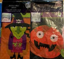2 HALLOWEEN Table Covers, Witch, Pumpkin, Spiders, Skulls, N