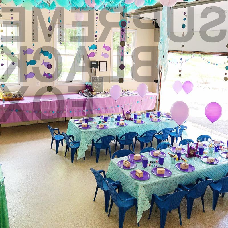 10pcs Plastic Wedding Tablecloth