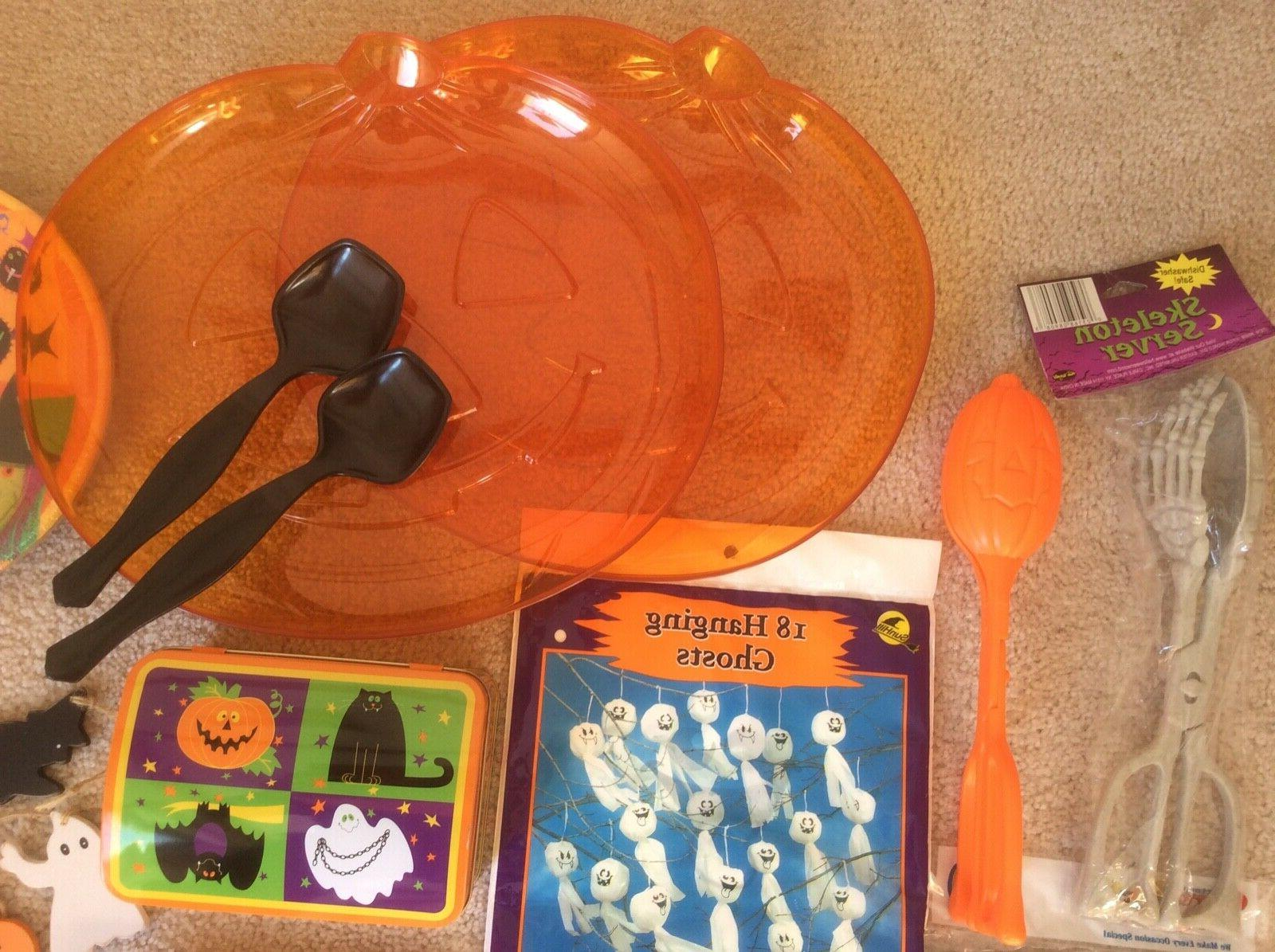 New Halloween Party 24 pc Tray Table Tin