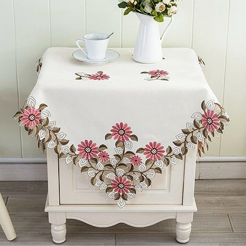 Square Lace Floral Cloth Topper