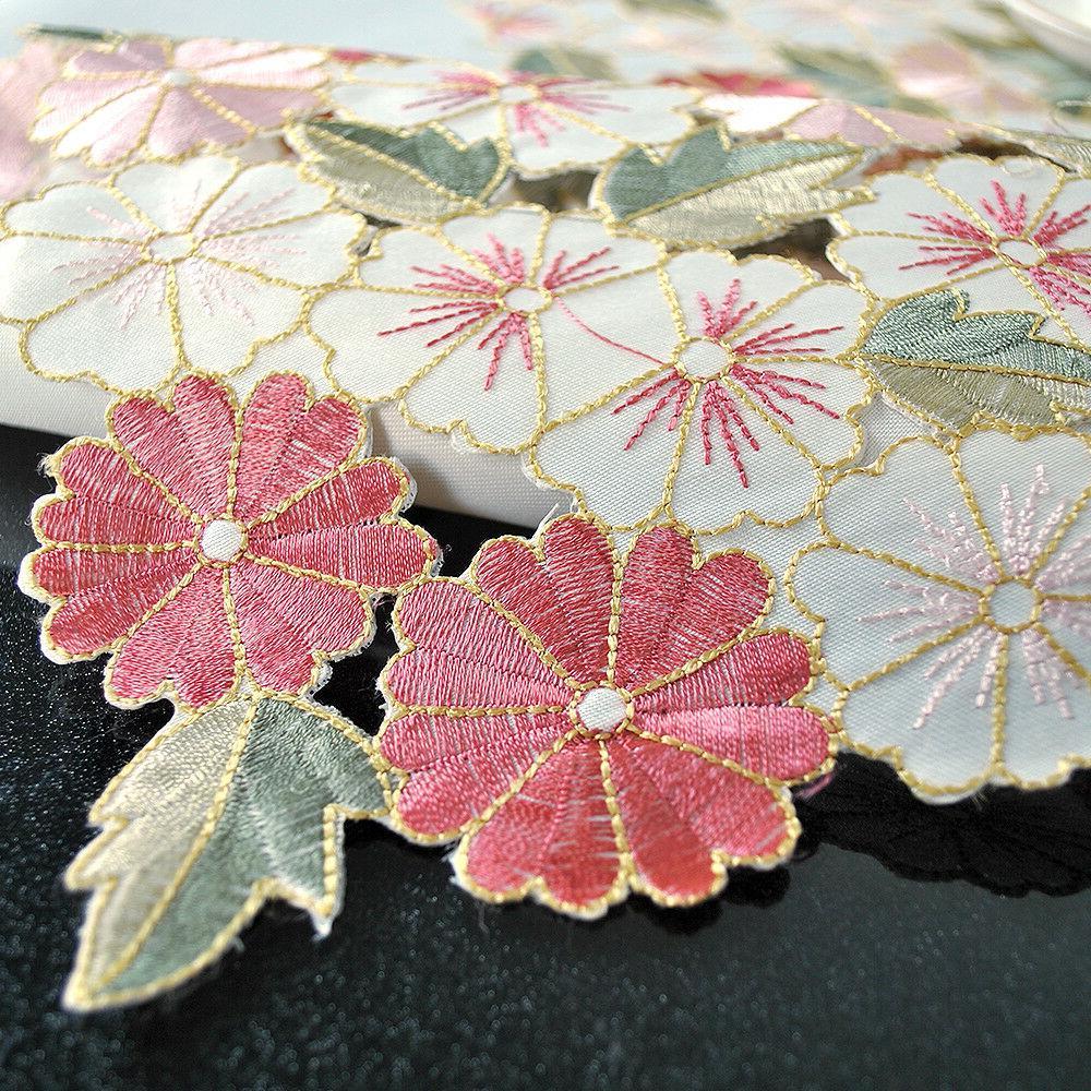 Square Floral Cloth Topper