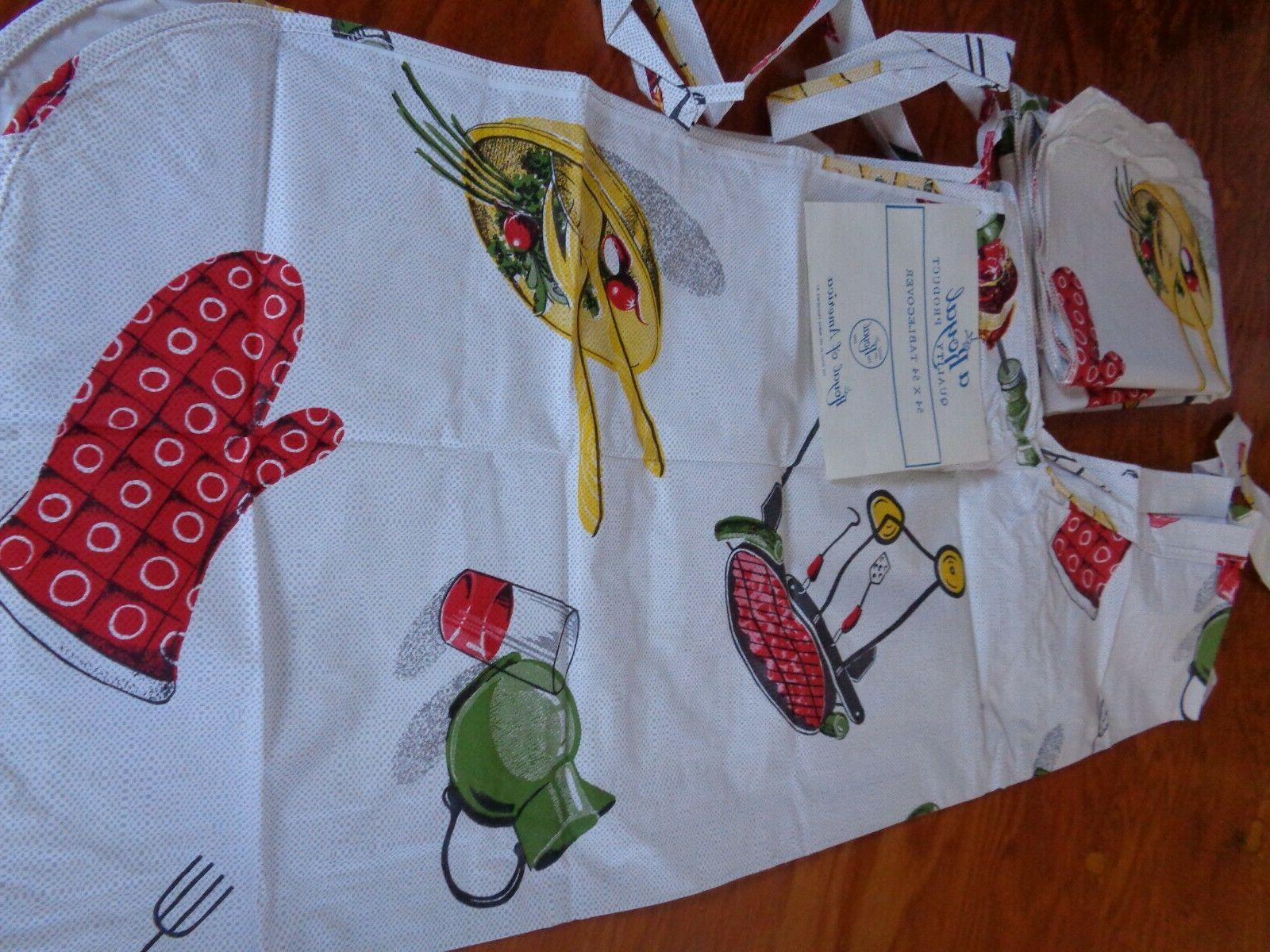 tablecover w matching apron for outside barbecue