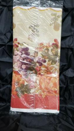 Sealed Vintage New Thanksgiving Paper Table Cover Autumn Har